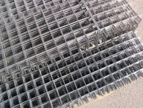 Металлическая армирующая сетка в картах