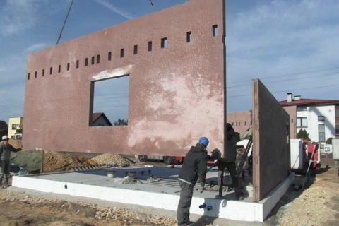 Строительство дома из керамзитобетонных панелей
