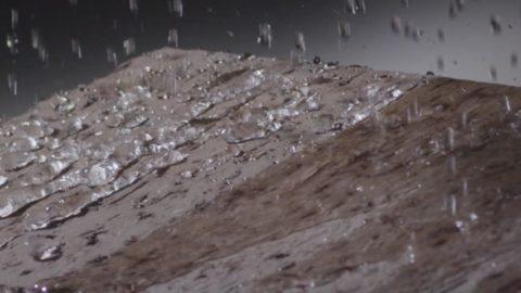 Вода - источник жизни, но не для бетона. Его она только разрушает