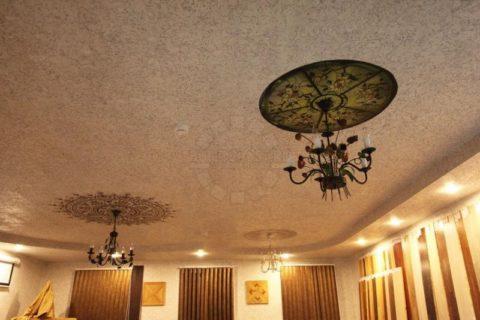 Пробка на потолке – просто шикарно