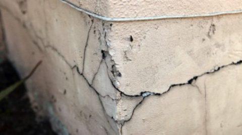 Некачественная отделка может привести к плачевным последствиям для всего здания