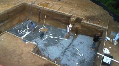 Разводка водопроводных и сливных труб