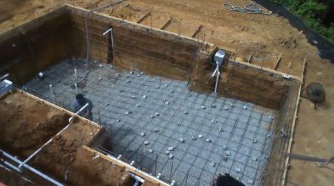 Строительство железобетонного бассейна – арматурный каркас для чаши