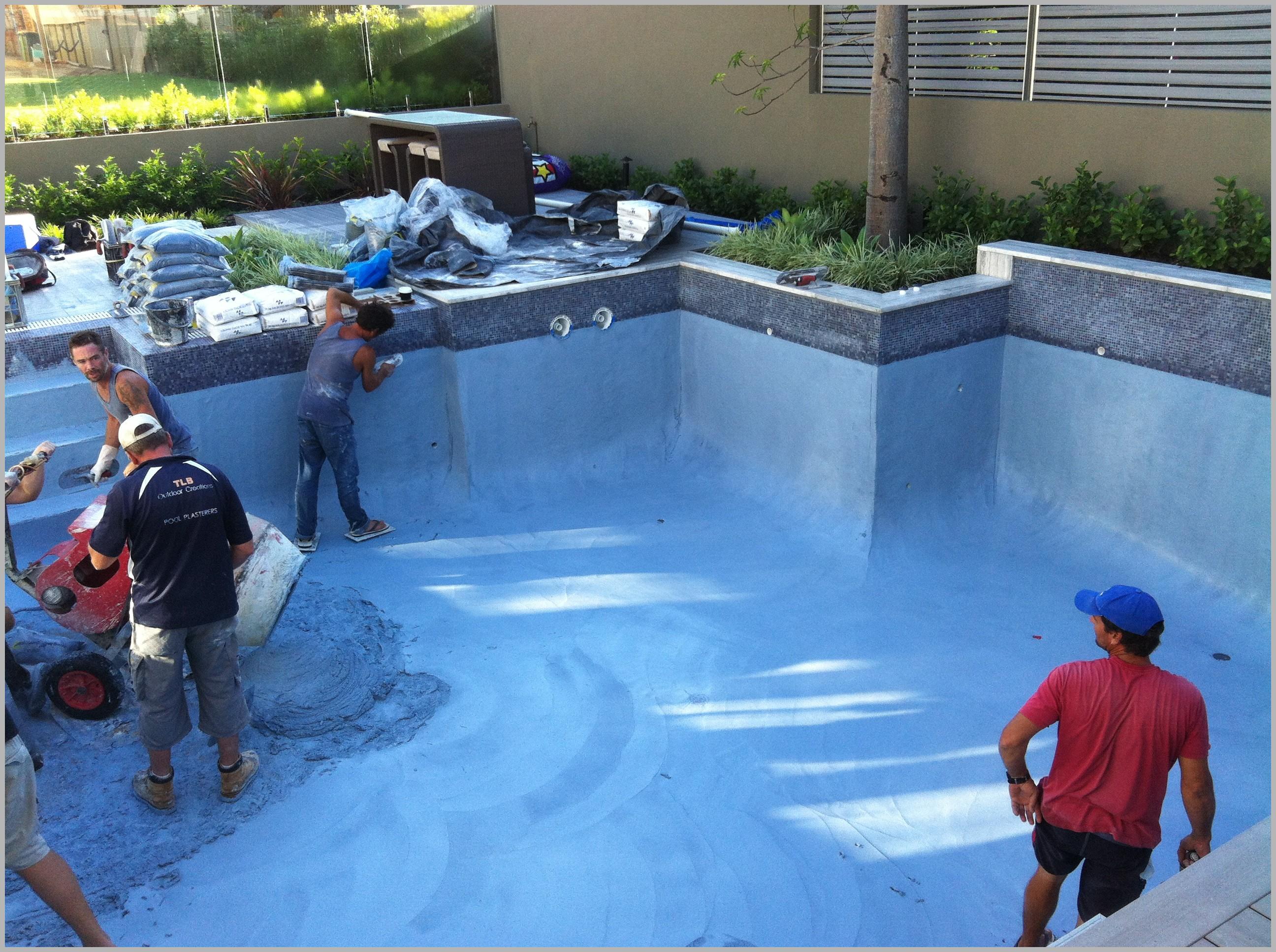 Бетонная смесь для бассейна бетономешалка заливка бетона