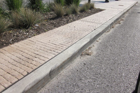 Бордюры в устройстве тротуаров