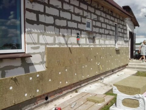 Утепление минватой стен из газобетона